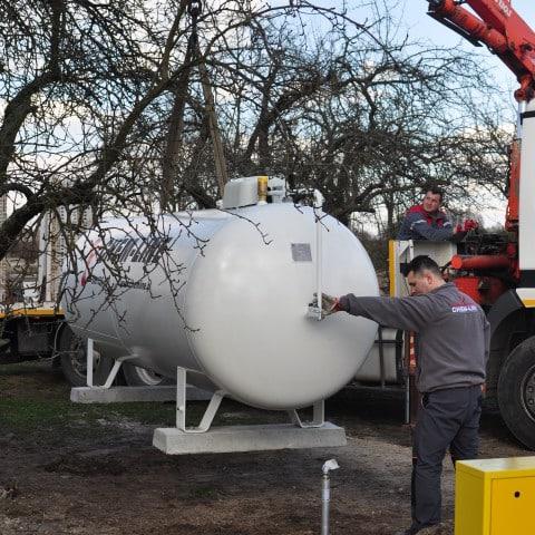 montaz-zbiornika-na-gaz-propan-chemline (7)
